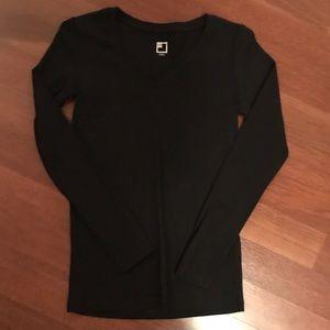 Long sleeve black tee shirt